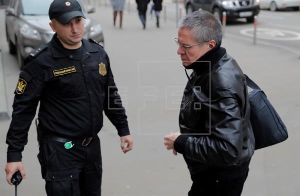 Piden diez años de prisión para exministro ruso acusado de recibir soborno