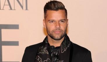 Ricky Martin apoya protestas en RD; invita a salir a las calles a reclamar