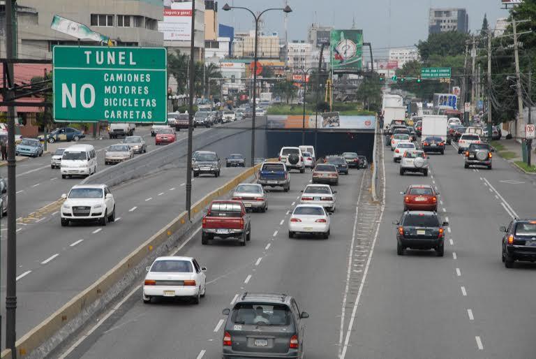 Obras Públicas cerrará a partir del martes túneles y elevados por mantenimiento