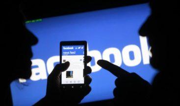 Piden a Facebook aclarar cómo ha afectado su filtración a europeos