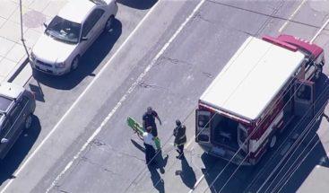 Un muerto y 4 heridos tras conductor atropellar a personas en EEUU