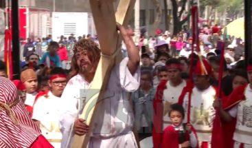 En México realizan presentaciones de la crucifixión de Jesús