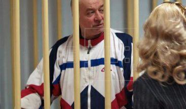 21 países expulsan 112 diplomáticos rusos por envenenamiento exespía