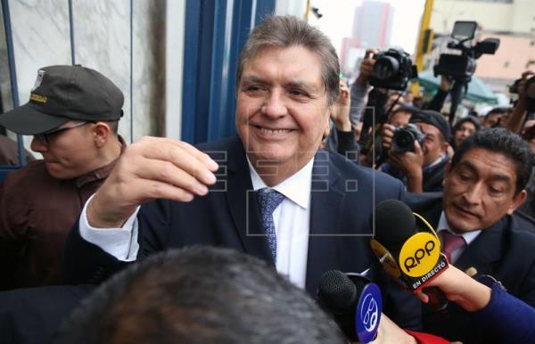 Alan García niega le hayan presentado a empresario dominicano