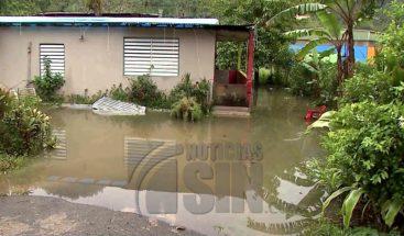 Al menos 350 viviendas inundadas en Puerto Rico