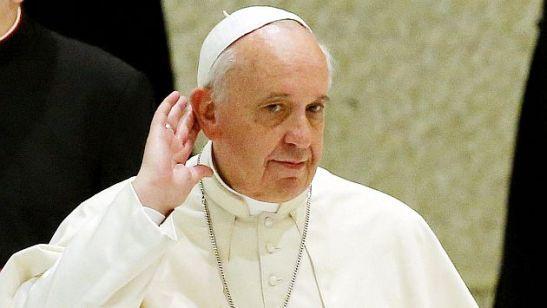 El papa critica la