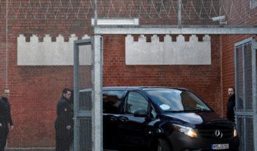 Puigdemont sigue detenido en Alemania mientras se estudia extradición