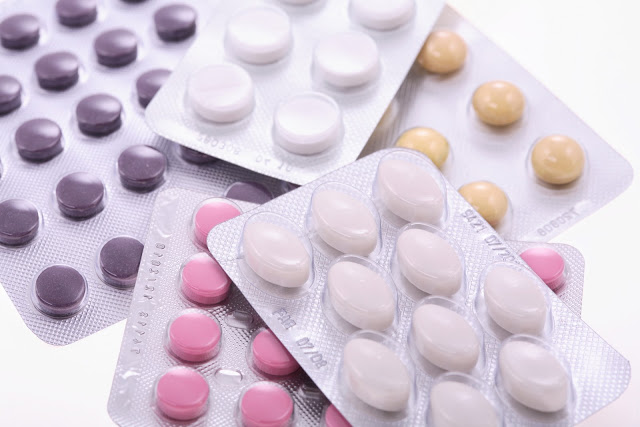 Tratamientos hormonales podrían aumentar riesgo de demencia en mujeres