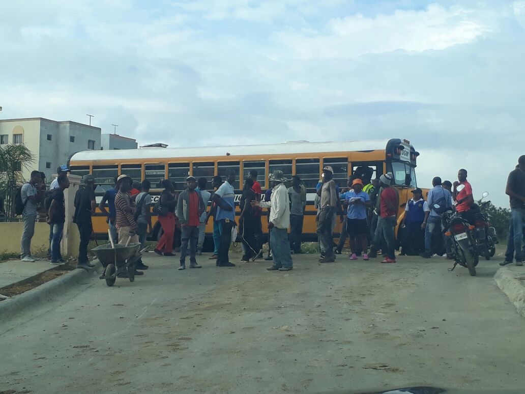 Migración detiene cientos de extranjeros durante operativo GSD