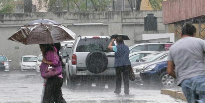COE emite alerta verde para tres provincias por vaguada
