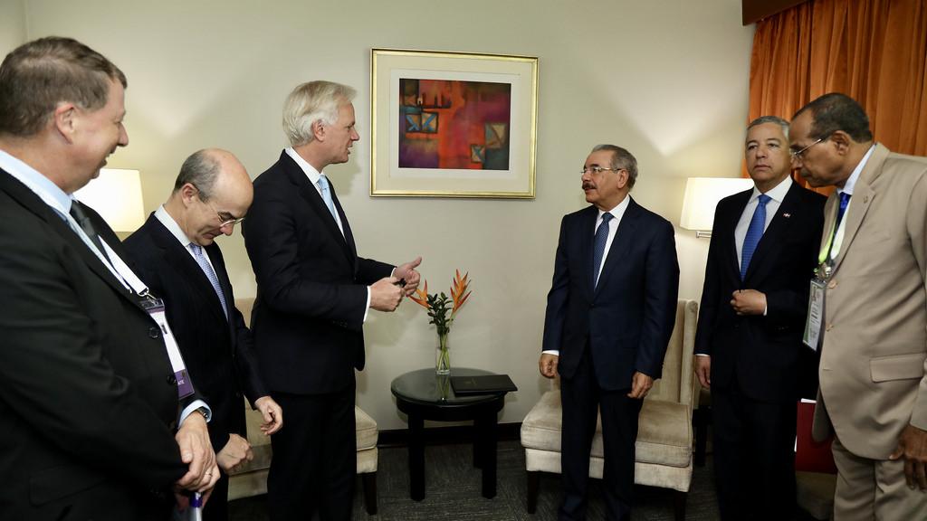 Presidente Medina se reúne con ejecutivos de Citibank en Perú