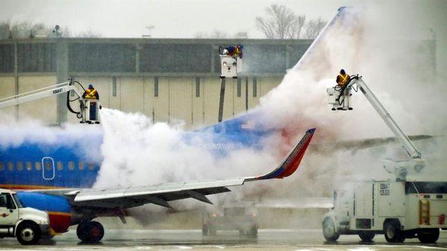 Un muerto en aterrizaje de emergencia de un avión en Filadelfia