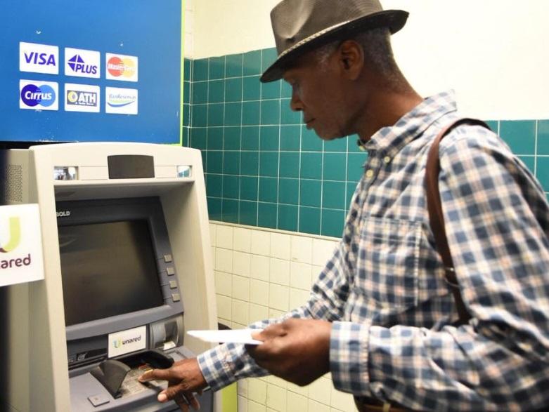 DGJP inicia plan piloto de pago por tarjetas de débito a cañeros pensionados