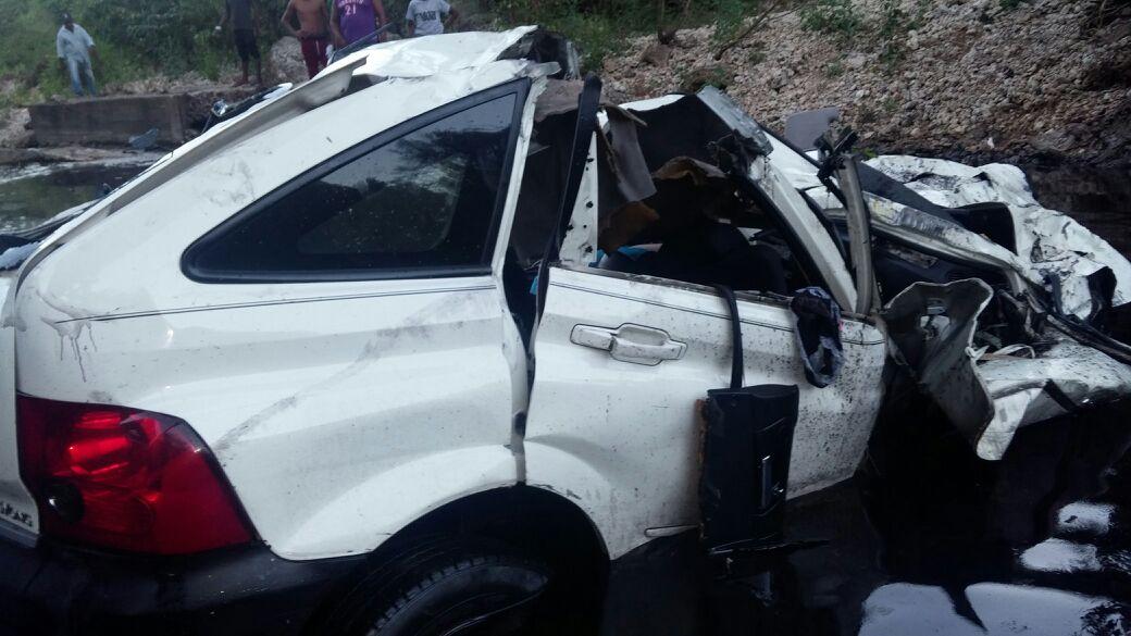 Dos mujeres mueren en carretera que une SPM-La Romana