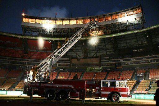 Inician trabajos de reparación palco de prensa del estadio Quisqueya