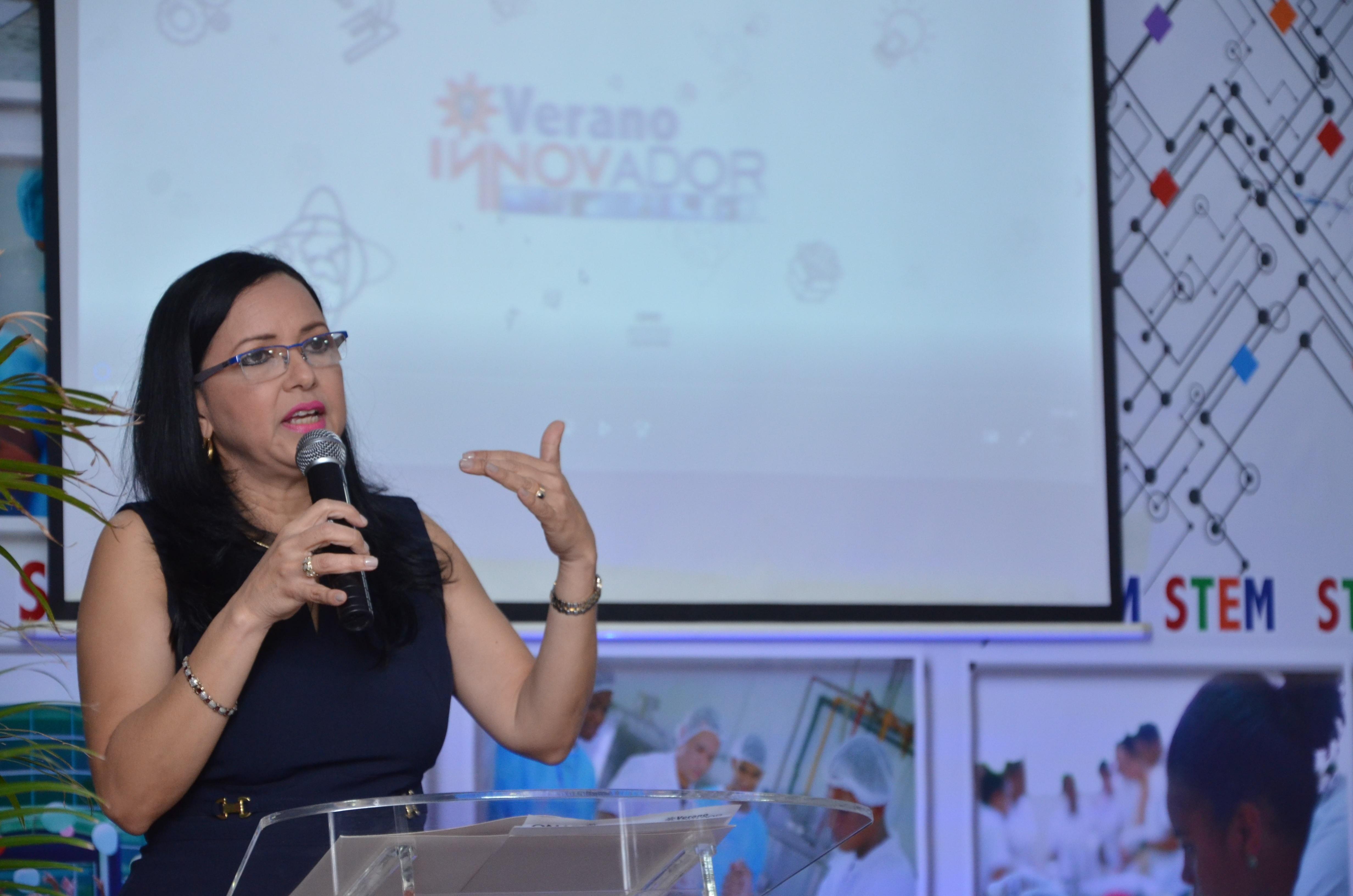 Estudiantes de escuelas recibirán entrenamiento en innovación tecnológica