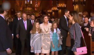 Abuchean a la reina Letizia en evento tras polémica por video