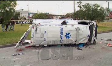 Encuentran rastro de licor en ambulancia donde murió mujer en Colombia