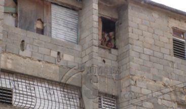 A punto de desplomarse edificios de Los Invasores de Invivienda en SDE