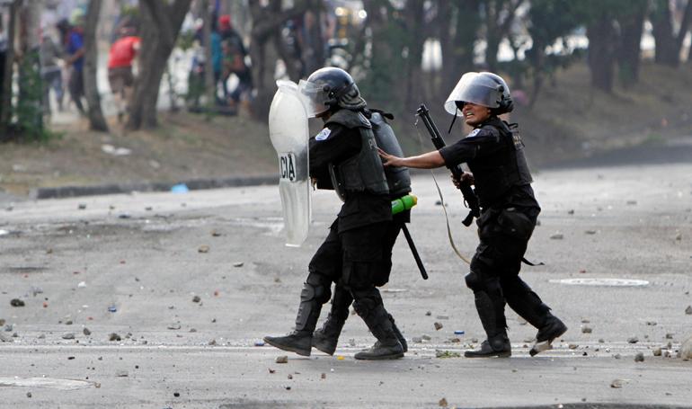 EE.UU. condena violencia y uso excesivo de la fuerza policial en Nicaragua