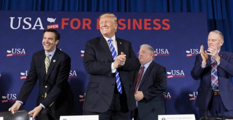 Trump promete más acciones contra el Gobierno de Cuba