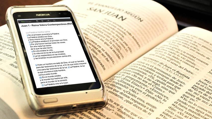 La Biblia, un libro imposible de encontrar en tiendas online de China