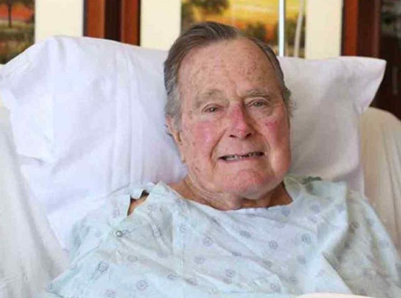El expresidente Bush padre sale del hospital tras superar infección sanguínea