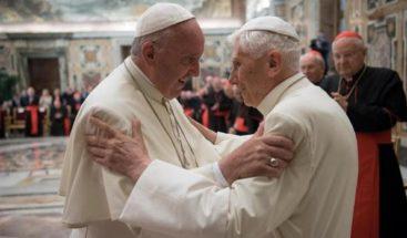 Benedicto XVI celebra hoy 91 años en compañía de su hermano Georg