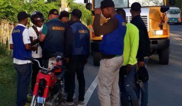 Migración detiene más de 400 extranjeros en Monte Plata y Sánchez Ramírez