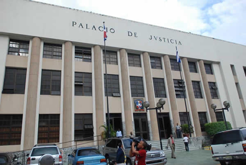 Solicitan prisión preventiva contra cabecilla red de abogados