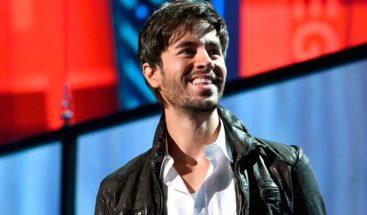 Enrique Iglesias cree que sus 46 Billboard latinos se deben a su reinvención
