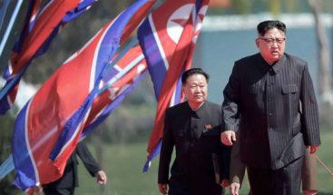 Kim Jong-un cruza la frontera para la histórica cumbre de las dos Coreas