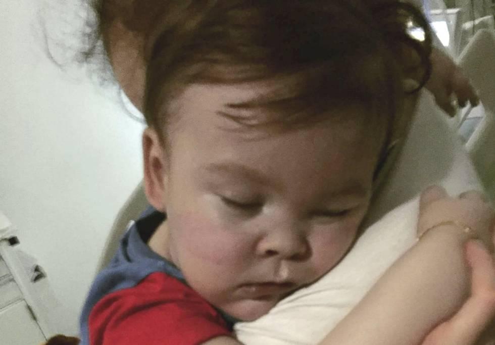 Muere el bebé británico Alfie Evans tras ser desconectado del soporte vital