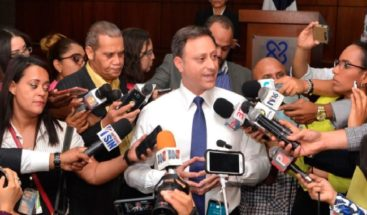 Niegan procurador ordena sacar comisión Ministerio de Mujer de reunión