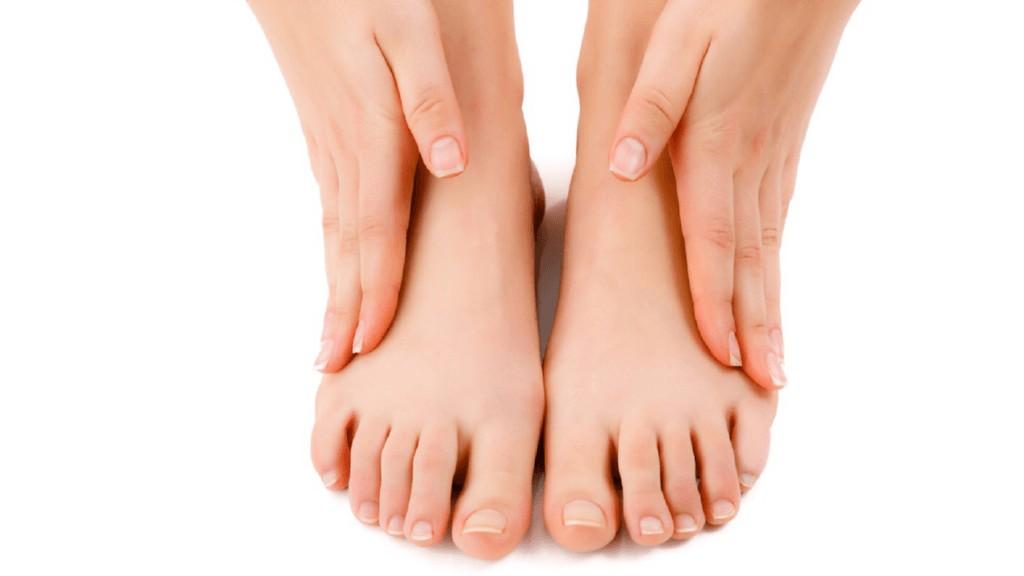 Experto llama a extremar cuidados para evitar enfermedades de los pies