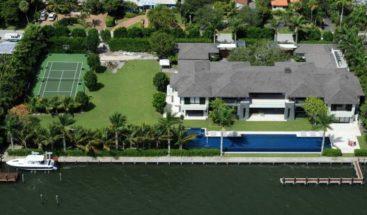 La mansión donde vivió Enrique Iglesias en Miami a la venta por 18,5 millones