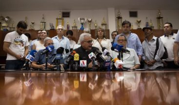 Oposición venezolana pide