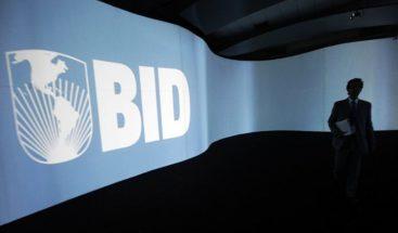 El BID suspende de manera inmediata préstamos a Venezuela por atrasos