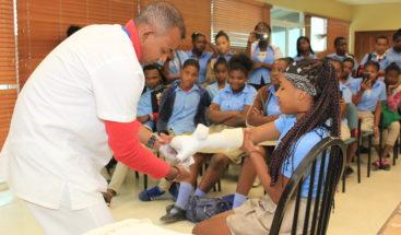 Hospital Ney Arias Lorainvolucra estudiantes para reducir choques de tránsito