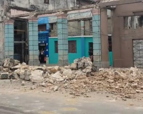 Más de 100 derrumbes parciales se reportan en La Habana por recientes lluvias