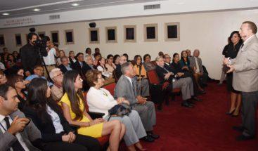 Eduardo Selman encabeza reunión con viceministros y directores de Cultura