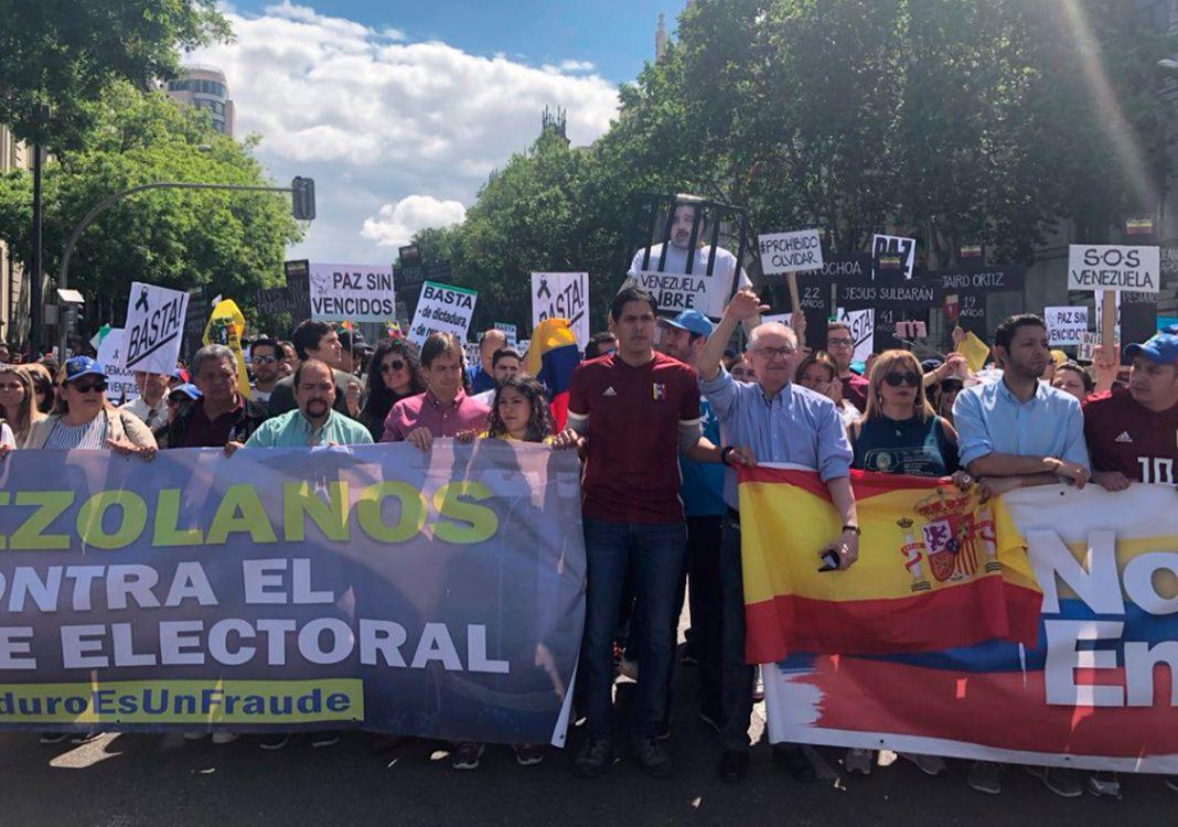 Cientos de venezolanos marchan en Madrid contra la