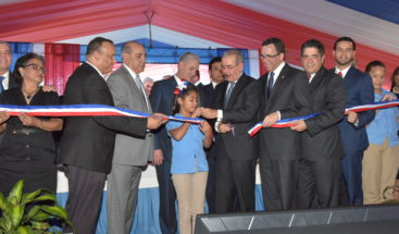Presidente Medina entrega tres centros educativos en la provincia Espaillat