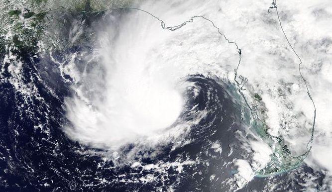 La tormenta Alberto toca tierra en el extremo noroeste de Florida