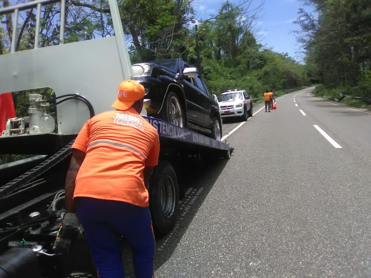 Obras Públicas asiste a 5,217 vehículos en operativo con motivo Día de las Madres