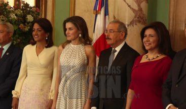 La reina Letizia desarrolla agenda en el país; almuerza con el presidente Medina