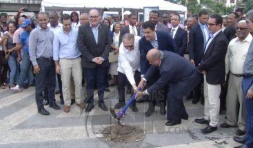 Alcalde DN deja inaugurado trabajos de remodelación Plazoleta La Trinitaria
