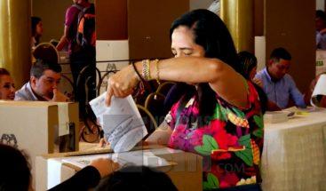 Colombianos deciden este domingo quién será su nuevo presidente