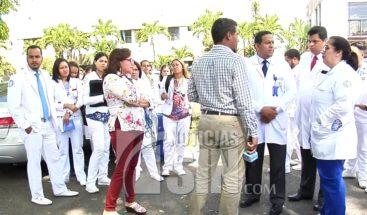 Colegio Médico en Santiago denuncia precariedades en maternidad Estrella Ureña