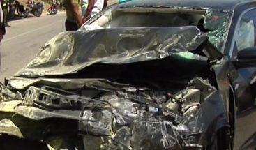 Más de 15 estudiantes heridos al ser impactado por un carro en SJM